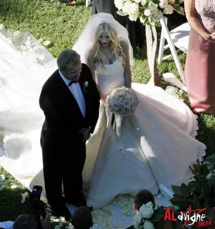 Avril lavigne свадьба фото