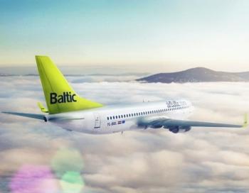 AirBaltic atvainojas par iereibušajiem pilotiem un stjuartēm