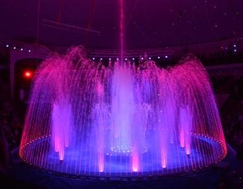 Septembra beigās Rīgas Cirkā notiks grandiozs Gigantisko strūklaku šovs