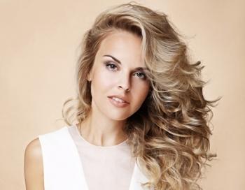 Izmēģini Kardašjanu matu kosmētiku izstādē Baltic Beauty