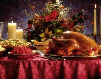 Sirds ar asinīm! Tītars dzērvenēs. Dažādie Ziemassvētku ēdieni citās valstīs