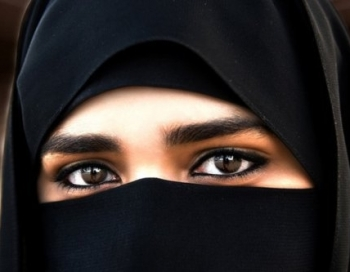Pareizi nepareizā musulmaniete pornoindustrijā