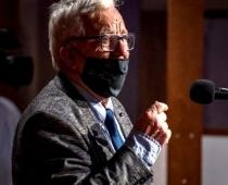 Maestro Raimonda Paula 85 gadu jubilejā TV tiešraidē negaidīts incidents. VIDEO