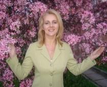 Pāragri mūžībā aizsaukta izcilā dzejniece un šlāgerdziesmu autore Marika Svīķe