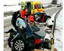 Šaušalīgā autokatastrofā bojā gājusi slavenību advokāta Saulveža Vārpiņa kundze, advokāte Gunita Pikmane
