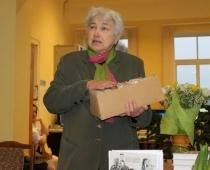 """Mūžībā aizsaukta izcilā rakstniece, ilggadējā Blaumaņa muzeja """"Braki"""" vadītāja Anna Kuzina"""